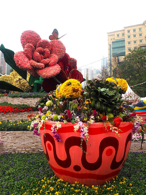 Giant roses and bees made of flowers at Hong Kong Flower Festival 2017