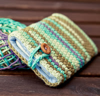 http://www.gallimelmas.com/2013/08/tutorial-funda-para-el-movil.html