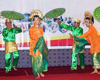 Keunikan-Sejarah-Gerakan-Tari-Payung-Tarian-Tradisional-daerah-Minangkabau-Sumatera-Barat
