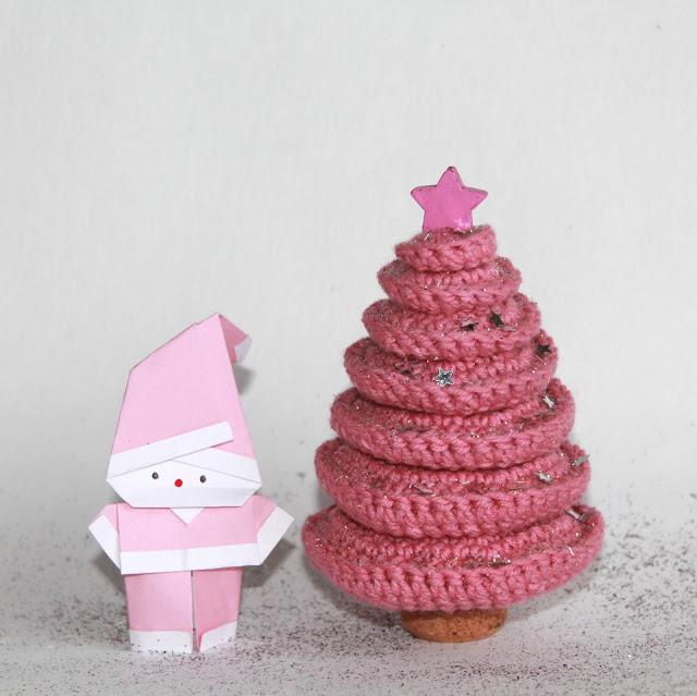 crochet pink christmas tree