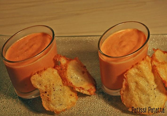 recette de crème de poivrons et chips de parmesan, peppers cream and parmesan crisps