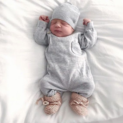 sleeping cute baby girl images HD free download wallpaper for mobile and desktop best  photo baby gallery collection