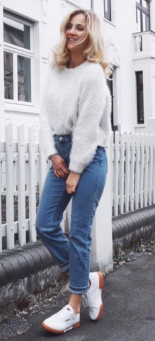 fall outfit idea: knit + jeans
