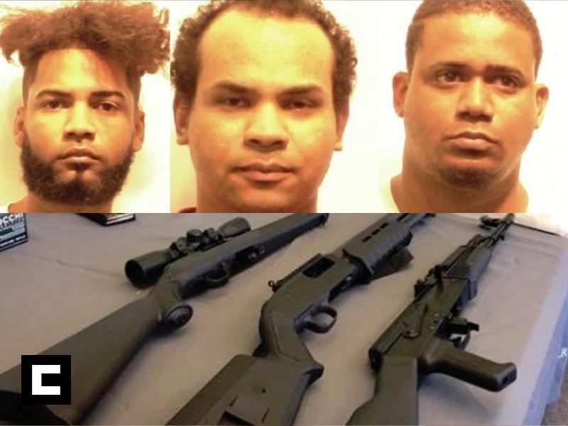 Apresan a tres dominicanos con rifles, fusiles, pistolas y drogas en Providence