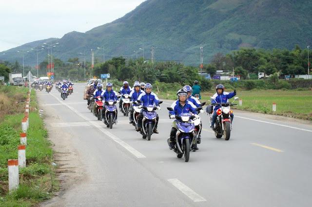 http://www.motobinhduong.com/2018/07/co-nen-mua-xe-exciter-150-trong-nam.html