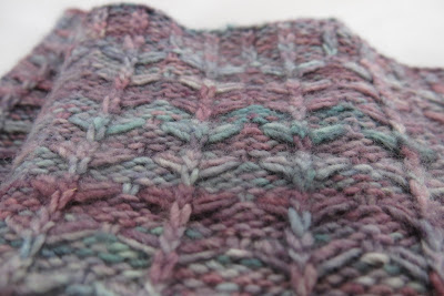 cowl knitting pattern for multicolored yarn