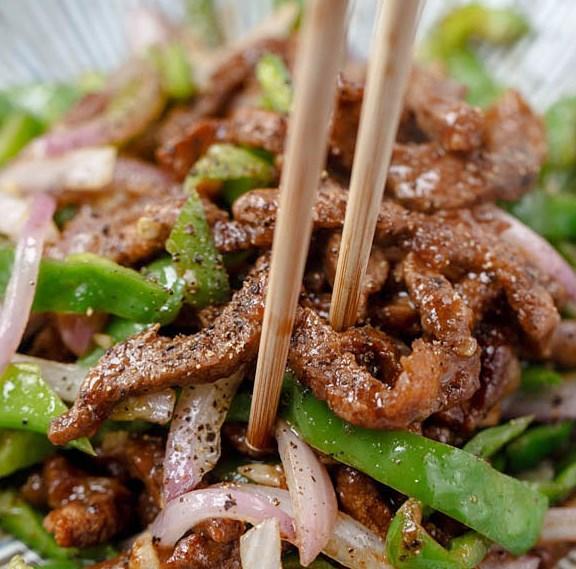 Black Pepper Beef Stir Fry #chinesefood #dinner