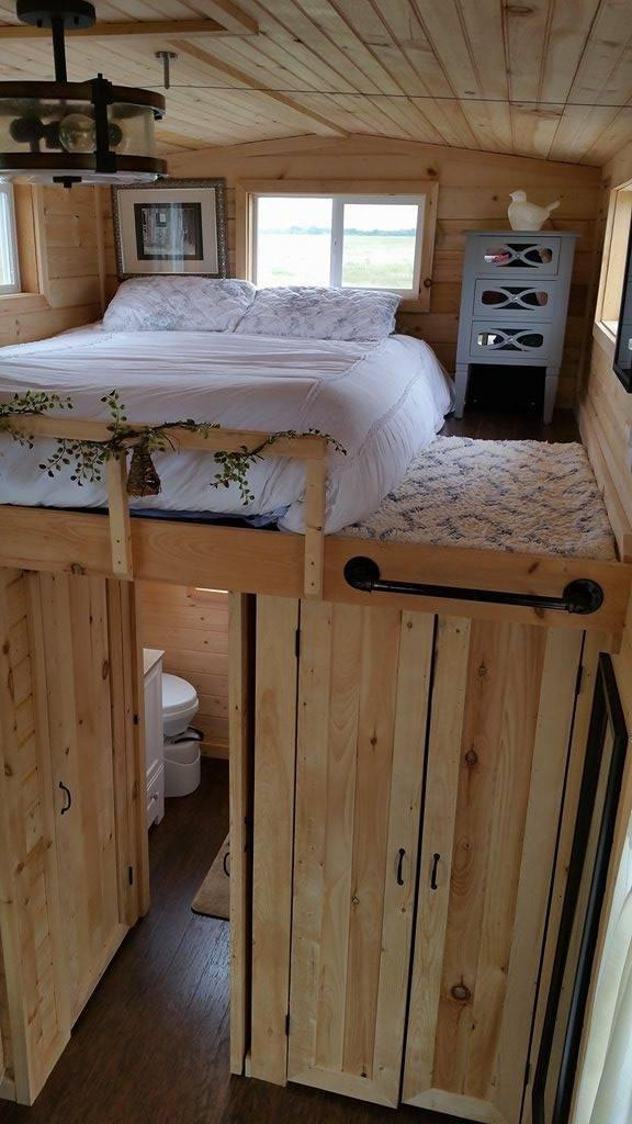 Tiny Home Designs: TINY HOUSE TOWN: Van Alstyne Tiny House (340 Sq Ft