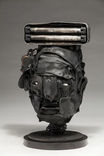 "Ronald Gonzalez - ""Lamp"" - 2018 | imagenes obras de arte contemporaneo tristes, depresion, esculturas chidas, creative emotional sad art figurative pictures, cool stuff, deep feelings"