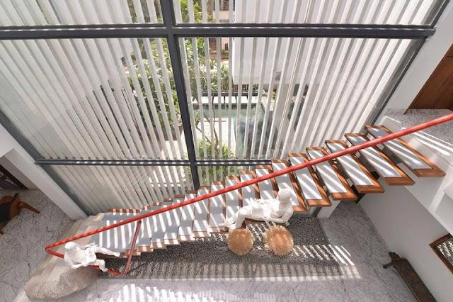 Cầu thang mang phong cách riêng của gia đình