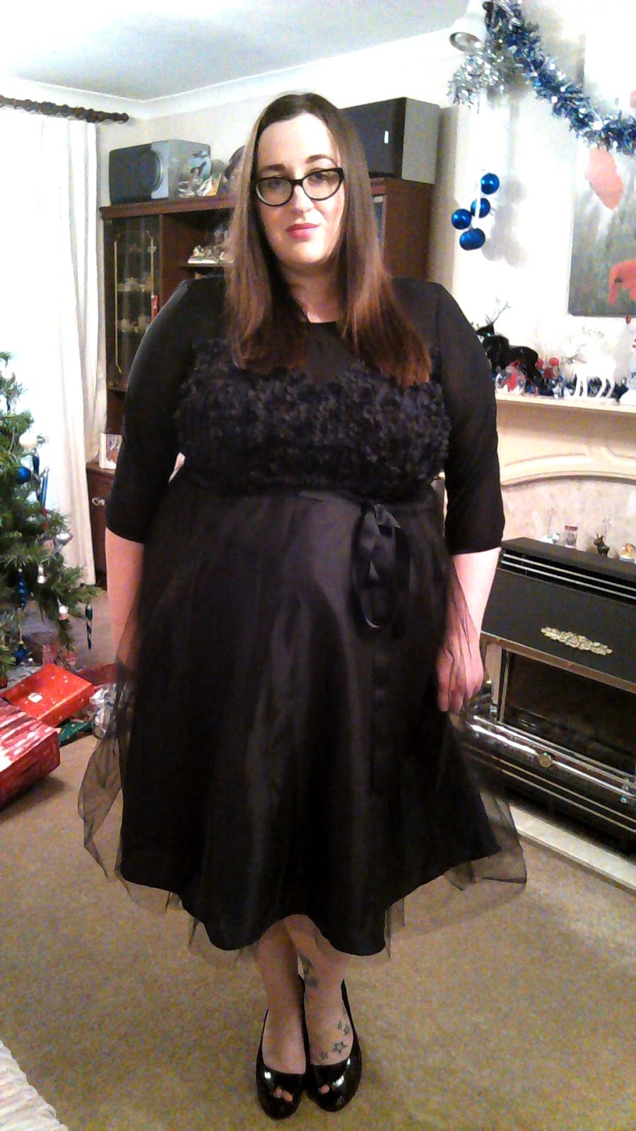 12 Days Of Christmas Dresses #11 - Does My Blog Make Me