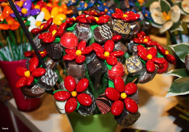 fleurs en chocolat  Hors des sentiers battus