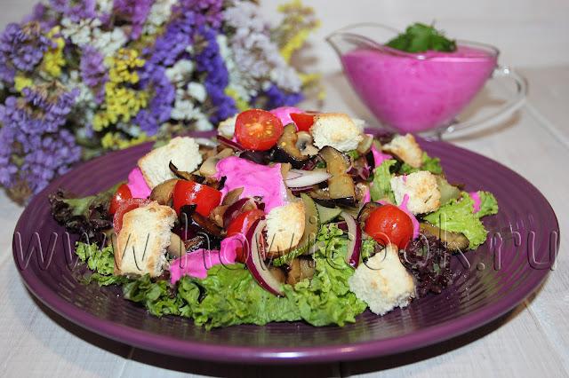 рецепт овощного салата с грибами и заправкой из хрена