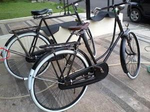 Sejarah Awal Sepeda Onthel di Indonesia