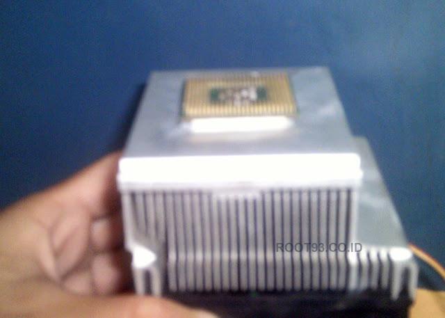 gambar processor yang menyatu ke pendingin