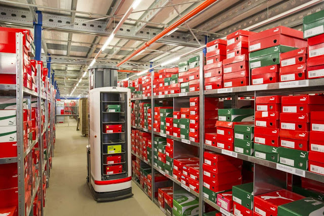 Robots are changing warehouse design