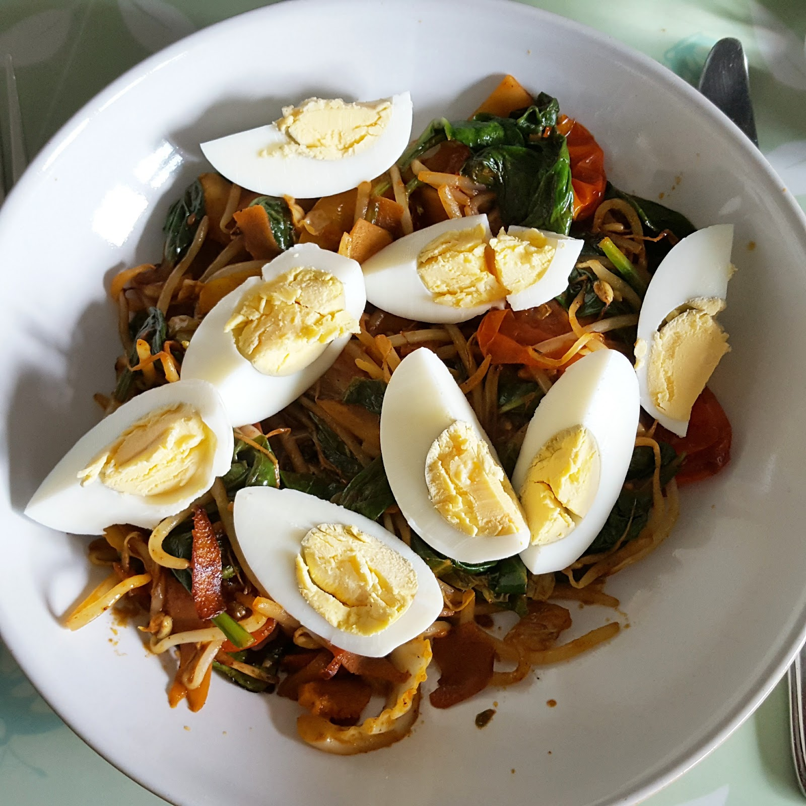 Stir Fry Veg and Eggs - candida diet phase one