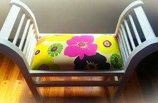 Pie de cama estampado con flores