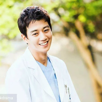dr. Hong - pic by Vebma