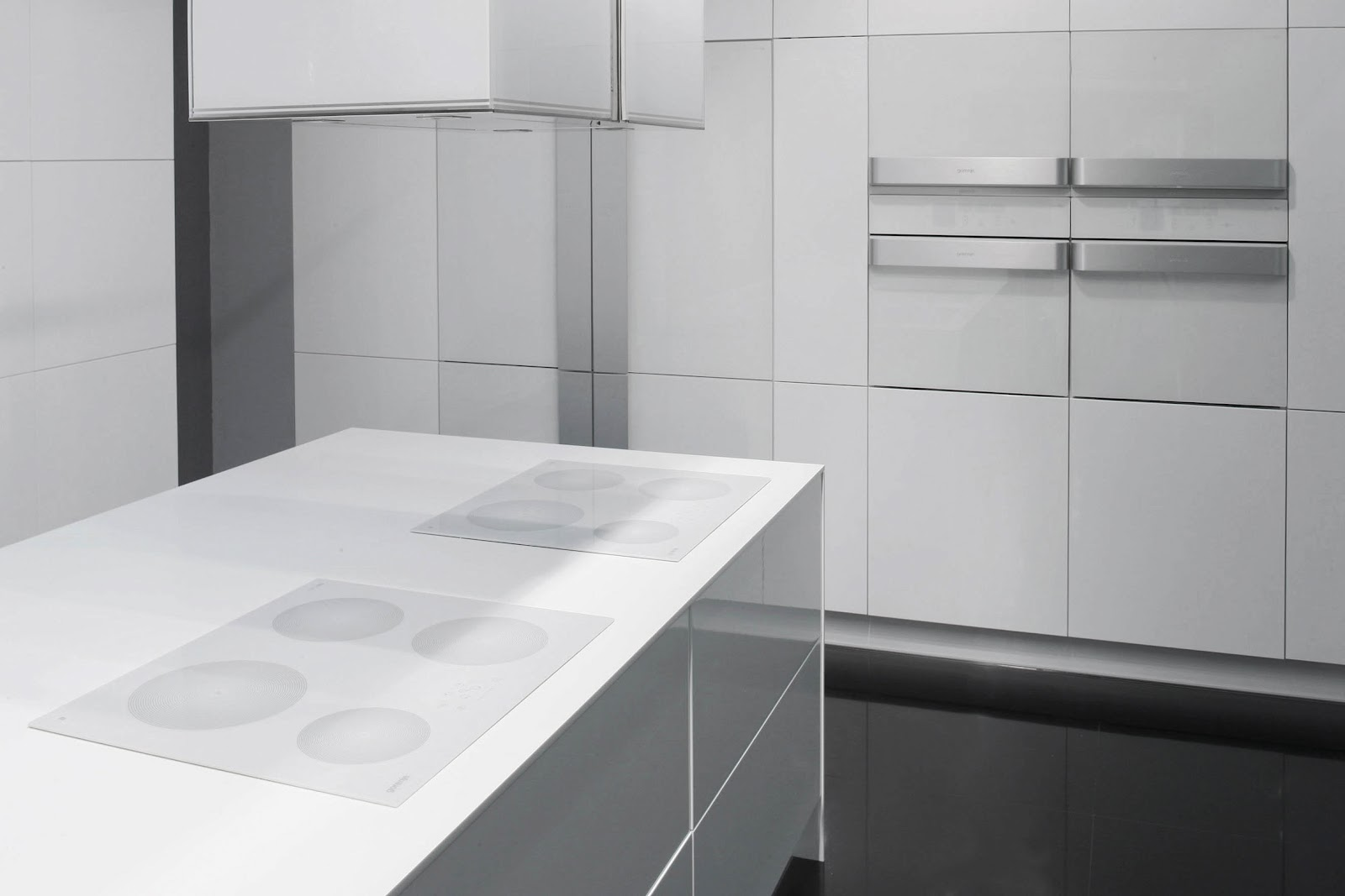table cuisson gaz induction four et table de cuisson sur. Black Bedroom Furniture Sets. Home Design Ideas
