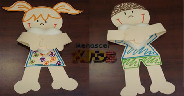 lembrancinha para o Dia das Mães. Menino e Menina feitos com papel e com moldes disponíveis para imprimir.