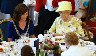 Υπάρχει μόνο ένα πράγμα που κανείς δεν τρώει στη βασιλική οικογένεια