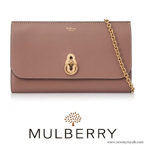 Kate Middleton carried Mulberry Amberley Clutch
