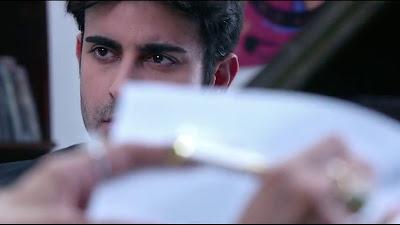 Gautam Rode Wide Screen HD Pic In Aksar 2