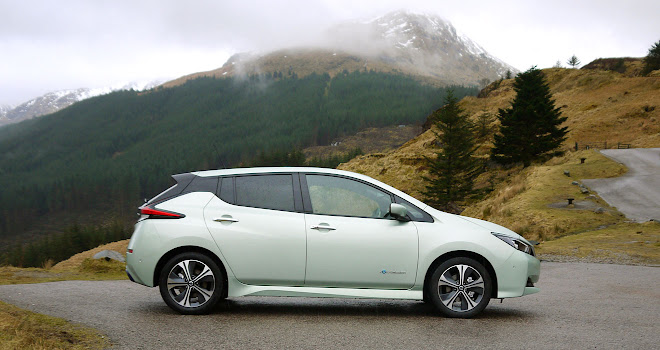 Nissan Leaf 2 side view