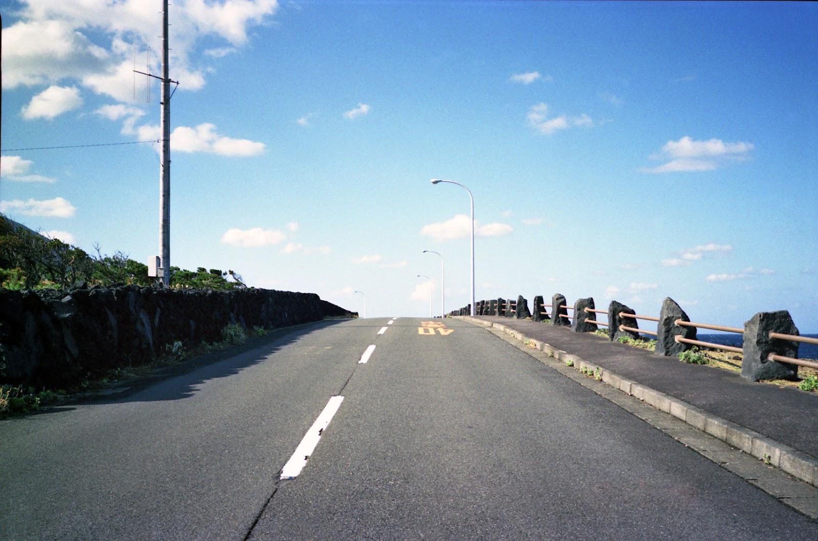 八丈島,空,道路〈著作権フリー無料画像〉Free Stock Photos