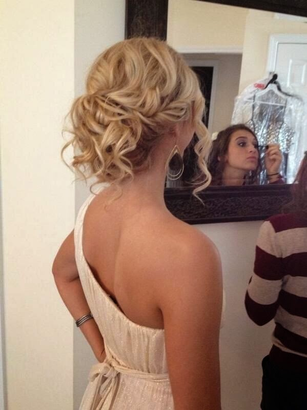 Admirable Beautiful Messy Buns Images And Video Tutorials Short Hairstyles Gunalazisus