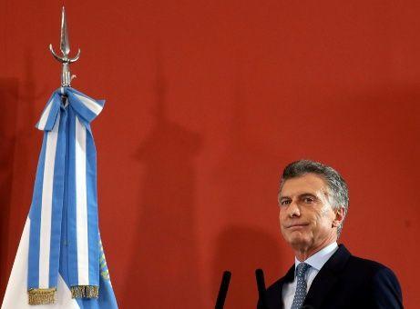 FMI: Respuesta de argentinos al ajuste de Macri fue tenue