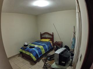 Quarto do hotel em Comarapa / Bolívia.
