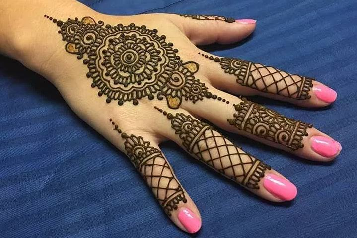 Henna Tattoo Color Brown: 50 Amazing Henna Tattoos For Girls (2018)