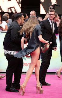 , Wardrobe Malfunction: Russian Model Xenia Tchoumi flashes pantless bottom at the Suicide Squad premiere, Latest Nigeria News, Daily Devotionals & Celebrity Gossips - Chidispalace