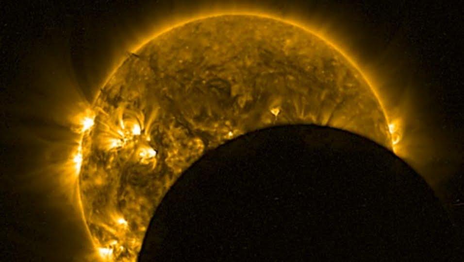 Eclisse totale di Sole 2 luglio: dove vederla in Diretta Live Streaming. Allerta Ufologi e cacciatori UFO.