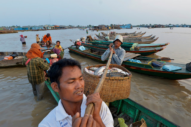 Chhnoc Trou pier, province de Kampong Chhnang , Cambodia. Photographie par  Sylyvann Borei, WorldFish (cc)