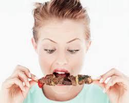 Hindari makanan yang siap saji saat menstruasi