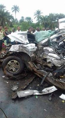 3 dead as Honda Pilot crashes into truck at Umuahia