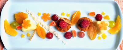 Orangen-Ingwer Panna Cotta mit Möhren-Haselnuss Küchlein, Orangen-Ingwer Gelee, Orangen-Ingwer Sand und Orangen-Ingwer Glas,Doc.eva