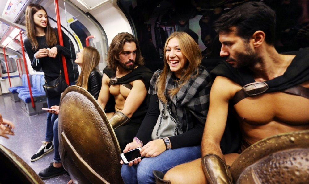 300 spartans on the london underground the coolest flash mob