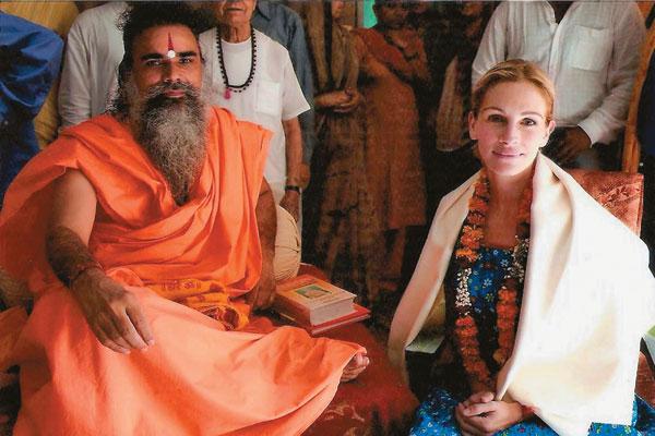 Julia Roberts conversion to Hinduism, with the blessings of Swami Dharm Dev of Ashram Hari Mandir in Pataud
