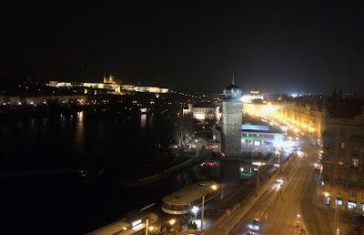 Praga widok z Tańczącego Domu
