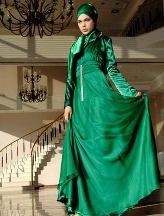 5d61340a52c47 Tesettürlü bayanlar için tasarlanmış birbirinden şık ve renkli abiyeler  bayanlar için tesettür giyimin vazgeçilmezlerindendir :) düğünler ,  nişanlar , özel ...