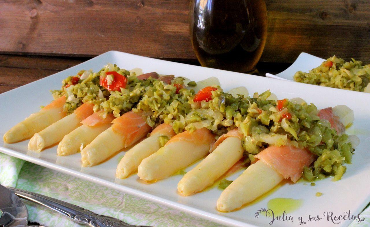 Julia y sus recetas ensalada de esp rragos blancos con for Cocinar esparragos
