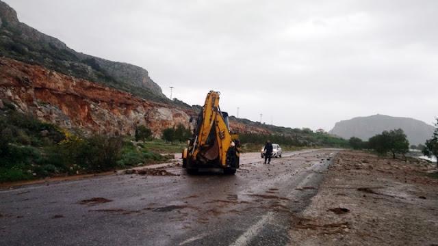 Υποχώρηση του επαρχιακού δρόμου στην Αρτέμιδα Πόρου Τροιζηνίας