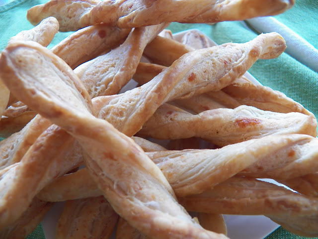 Garlic Twists
