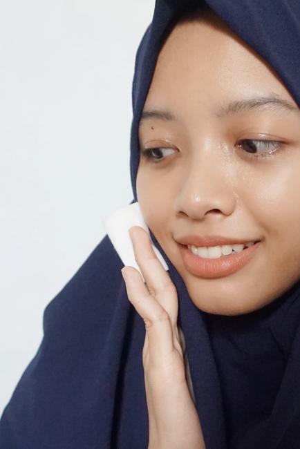 4-kebiasaan-menggunakan-skincare-yang-harus-dihindari