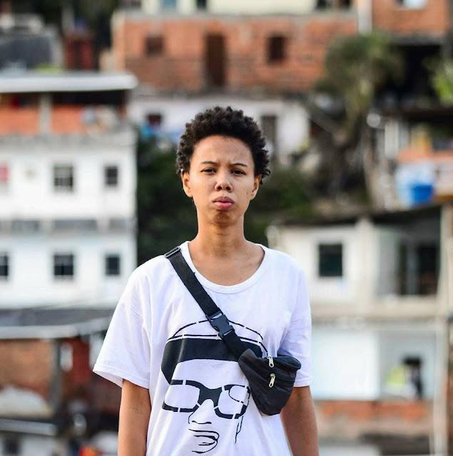 Opinião Periférica desta vez, é com a jovem beatmaker, blogueira e agitadora cultural, Graciane Santos vulgo ThisGraci