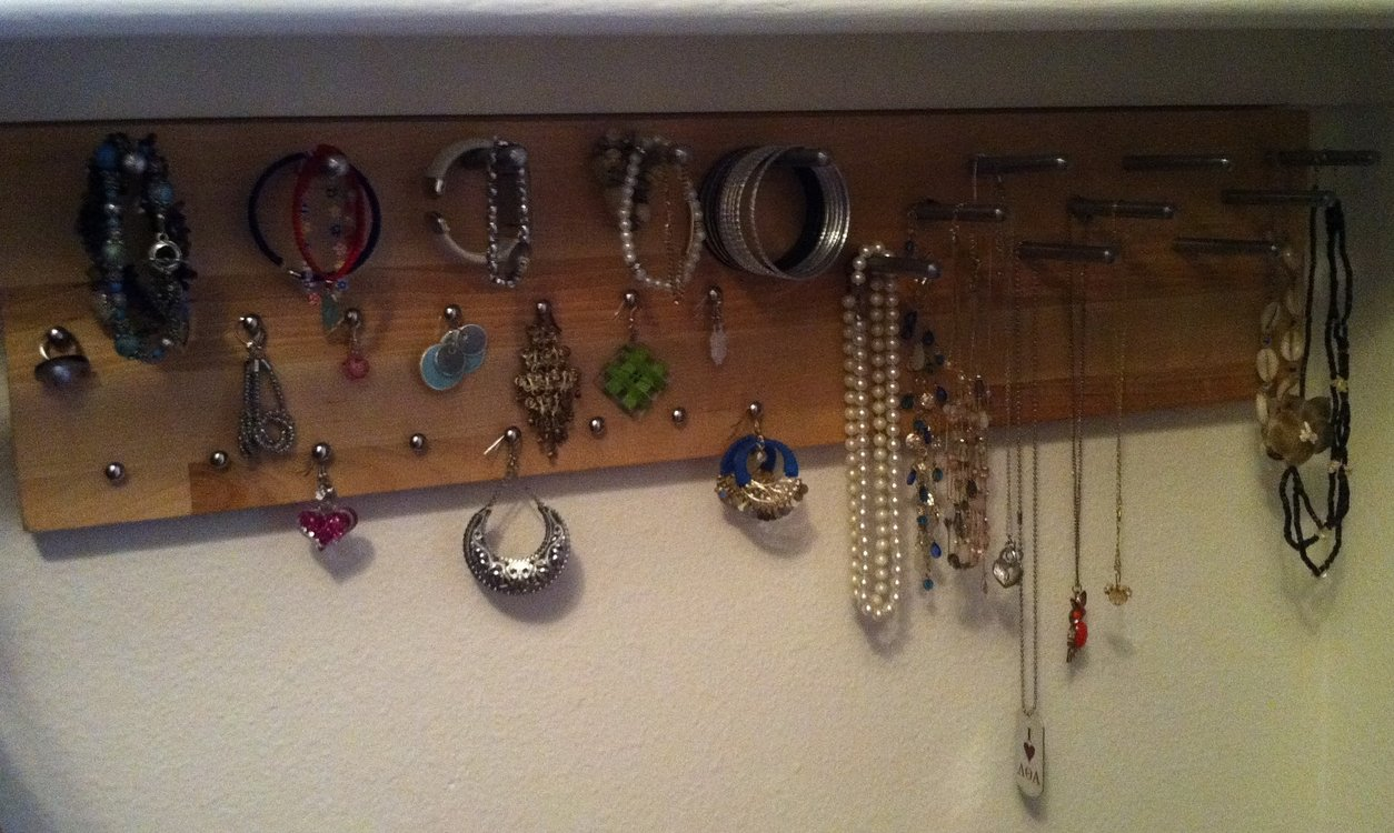 Modern Customizable Jewelry Item Display Organizer Ikea